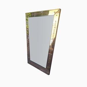 Geometrischer Mid-Century Spiegel aus Rosa Glas, 1950er