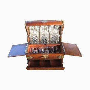 Tavolo da bar antico con porcellane, inizio XX secolo