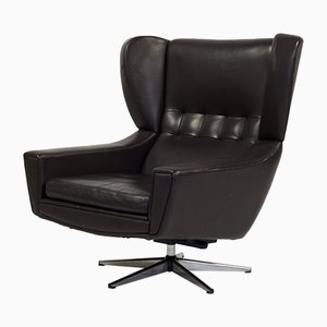 Mid-Century Brown Leather Lounge Chair by Sven Skipper