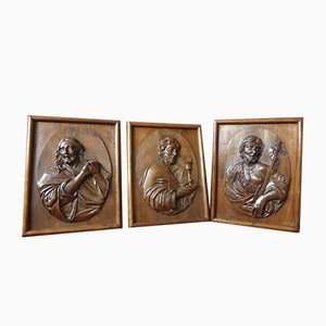 Antique Medallion Christ Wood Panels