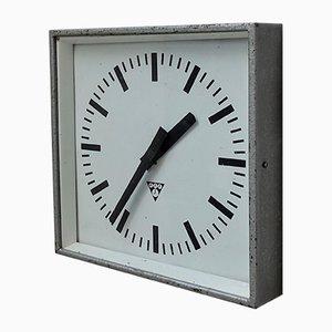 Factory Clock from Pragotron