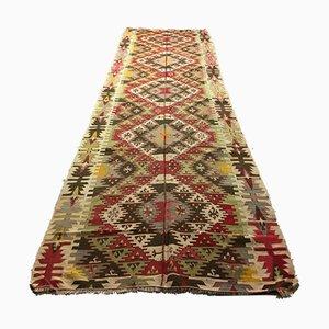 Großer schäbiger türkischer Vintage Kilim Läufer Teppich 413x127cm