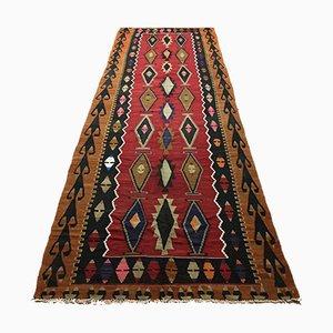 Großer schäbiger türkischer Vintage Kilim Teppich in Läuferform 400x125 cm