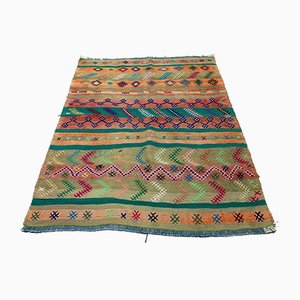 Vintage Turkish Medium Sized Shabby Kilim Rug 129x105 cm