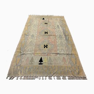 Vintage Turkish Medium Sized Shabby Wool Kilim Rug 190x117 cm