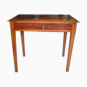 Tavolino in noce con intarsi, anni '20