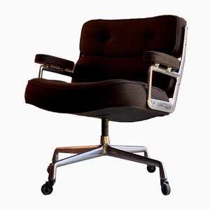 Model Time Life Lobby Chair by Charles and Ray Eames for Herman Miller, 1970s