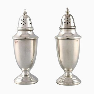 American Silversmiths Sugar Castors in Sterling Silver, Late 19th Century, Set of 2