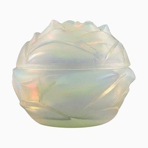 French Art Deco Bonbonniere or Powder Pot in Opalescent Glass by Etling, 1930s