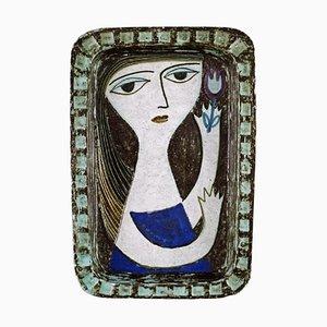 Glasierter Steingut Teller mit Portrait einer Frau von Mari Simmulson für Upsala-Ekeby, 1960er