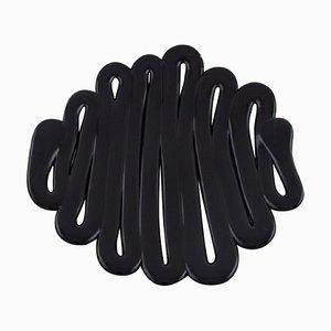 Große Energy Dish in Schwarz Kunstglas von Anna Ehrner für Kosta Boda