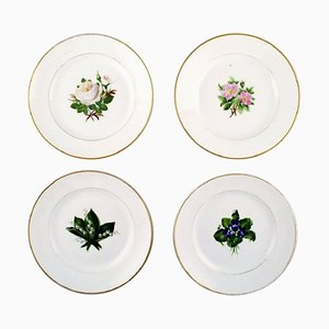 Antique Flat Plates in the Style of Flora Danica for Royal Copenhagen, Set of 4