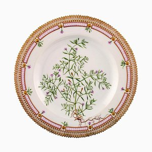 Flora Danica Dinner Plate 20/3549 from Royal Copenhagen, 20th Century