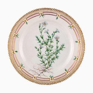 Flora Danica Lunch Plate Model Number 20/3550 from Royal Copenhagen, 1947