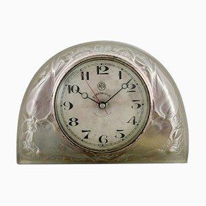 Moineaux Uhr aus satiniertem Kunstglas von René Lalique, 1924