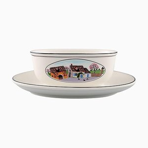 Villeroy & Boch Naif Gravy Boat on Stand in Porcelain