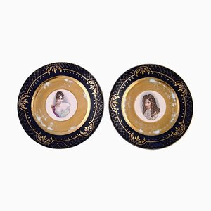 Decorative Plates in Hand-Painted Porcelain with Gold Decoration, circa 1900, Set of 2