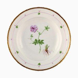 Tiefschwarzer Royal Flora Teller im Danica Stil