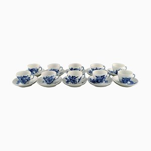 Blue Flower Curved Coffee Service from Royal Copenhagen, 1960s, Set of 20