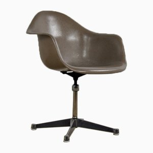 Vintage Desk Chair by Charles & Ray Eames for Herman Miller