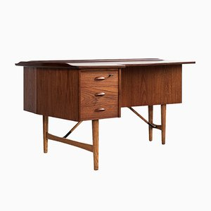 Teak Boomerang Desk by Peter Løvig Nielsen for Løvig, 1960s