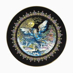Magical Fairy Tales Old Russia Fauna Lutonja Plate by Gere Fauth, 1969