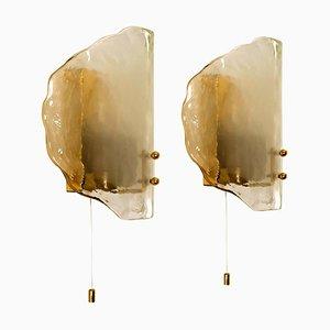 Mundgeblasene Wandlampen aus Glas & Messing von JT Kalmar, 1960er, 2er Set