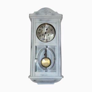 Weiße Mid-Century Uhr