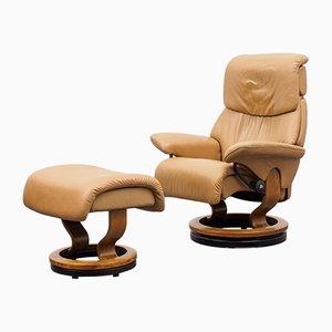Vintage Modell Dream Sessel und Fußhocker von Ekornes