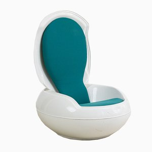 Chaise Egg Mid-Century par Peter Ghyczy
