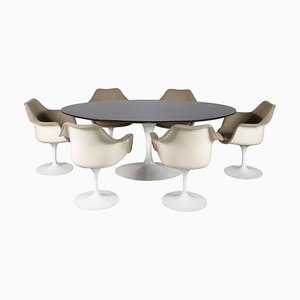 Dining Table & Chairs Set by Eero Saarinen for Knoll Inc. / Knoll International, 1970s, Set of 7