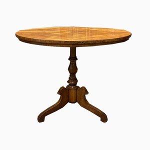 Antiker Podesttisch aus Kirschholz