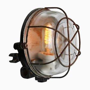 Industrielle Runde Vintage Wandlampe aus grauem Gusseisen und Klarglas
