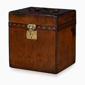 Antique French Cylinder Hat Trunk from Louis Vuitton, 1900s