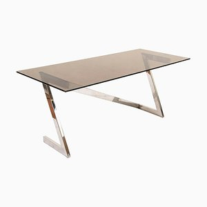 Italienischer Schreibtisch aus Stahl & Rauchkristallglas im Regency Stil von Romeo Rega, 1970er