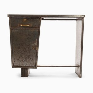 Schreibtisch aus Metall