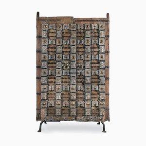 Holztür auf Stahlsockel