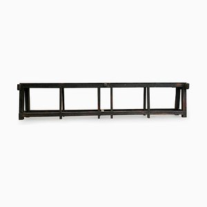 Langer Holztisch