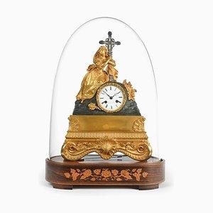 Antike Charles X St. Mary Magdalene Uhr unter Glas