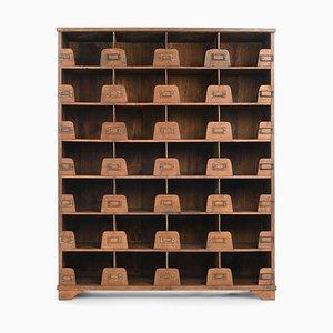 Holzwerkstatt Möbel mit 28 Schubladen