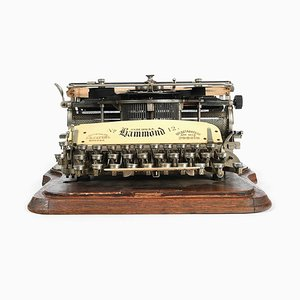 Typewriter from Hammond, 1900s