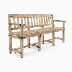 Lange Bank aus Holz