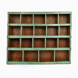 Werkstattmöbel aus Holz mit 19 Fächern