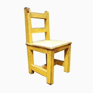 Kleiner Gelber Stuhl
