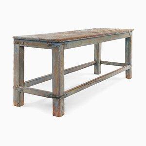 Bank aus patiniertem Holz