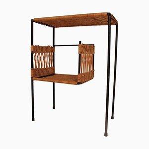 Französischer Nachttisch aus Korbgeflecht und Schwarzem Metall von Guys Raoul, 1950er