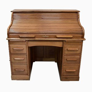 Amerikanischer Schreibtisch aus solidem hellem Eichenholz, 1930er