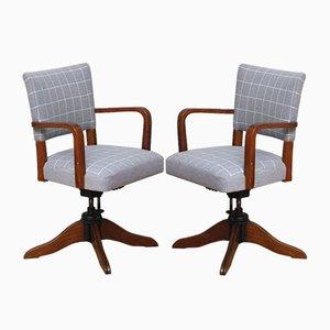 Drehbare Dänische Mid-Century Armlehnstühle aus Eiche, 2er Set
