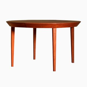 Danish Teak Round Folding Dining Table by Ole Hald for Gudme Møbelfabrik, 1960s