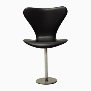 Mid-Century Butterfly Auditorium Chair by Arne Jacobsen for Fritz Hansen, 1960s